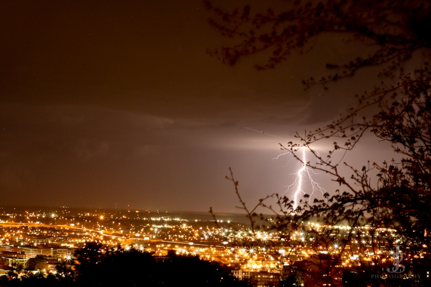 Lightning caught on an 8 second exposure overlooking the city of Birmingham